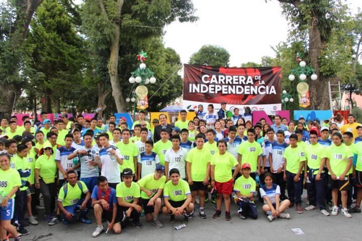Carrera de la Independencia reunió a más de 300 competidores