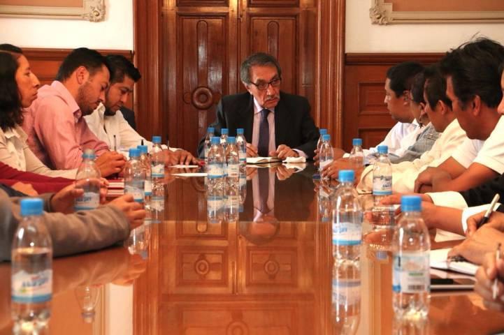 Diputados se reúnen en la SEGOB para tratar el conflicto de Ixtenco