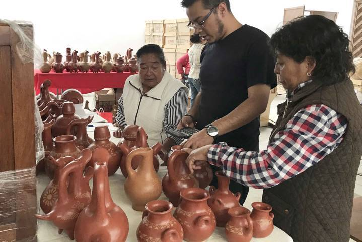Realiza Fonart compra de 88 piezas a artesanos tlaxcaltecas
