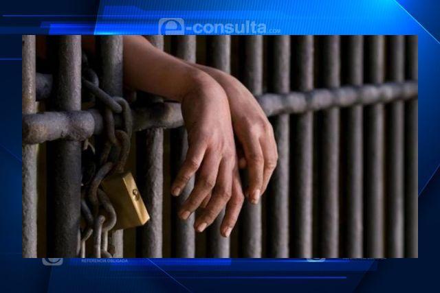 Aprueban diputados encarcelar a quien agregada a personal médico