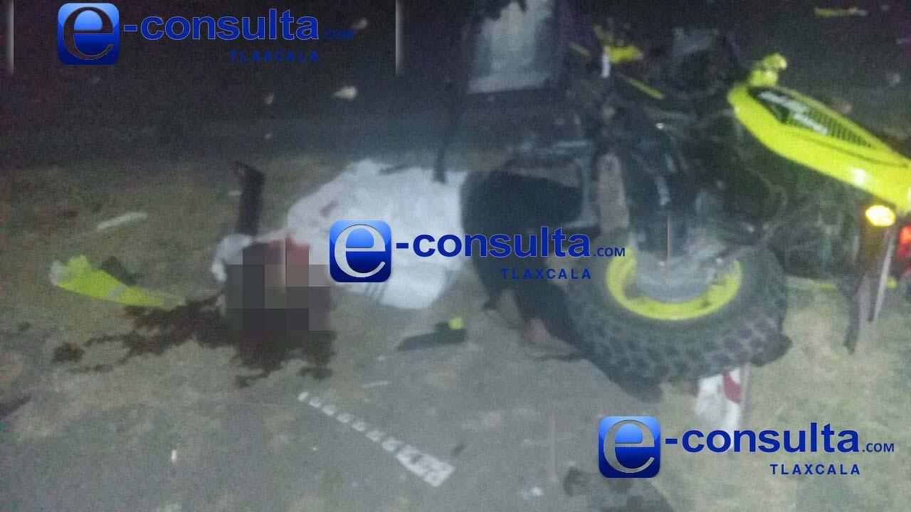 Un muerto y dos lesionados deja derrape de moto en Apizaco