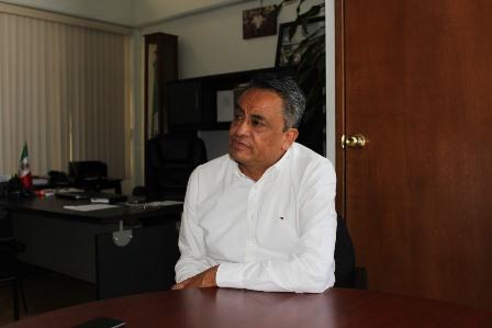 Diputado Montiel trabajará con responsabilidad en el Congreso
