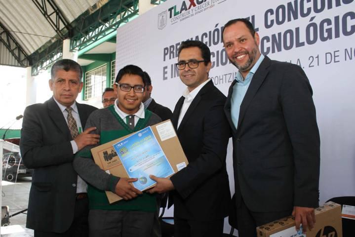 Premian a ganadores del concurso de creatividad e innovación tecnológica del Cecyte