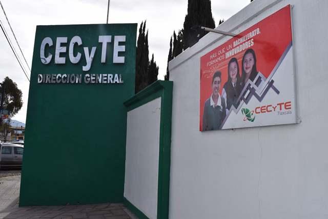 Llama titular del Cecyte privilegiar diálogo en plantel Zitlaltepec