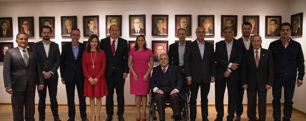 Encabeza Claudia Ruiz Massieu reunión de trabajo con dirigentes del PRI