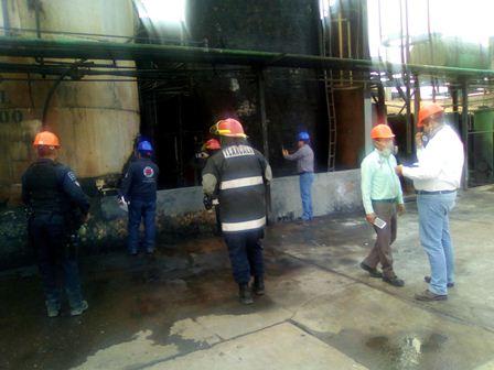 Atiende autoridad incendio en empresa de Tequexquitla