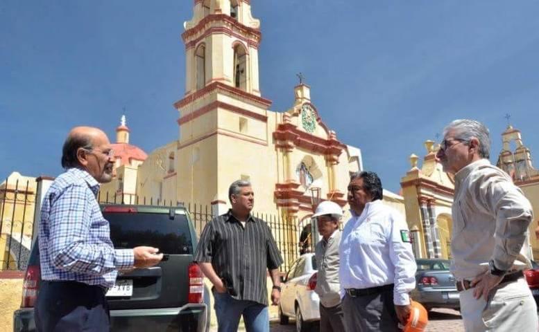 Supervisan avances de rehabilitación en iglesias dañadas por los sismos de 2017