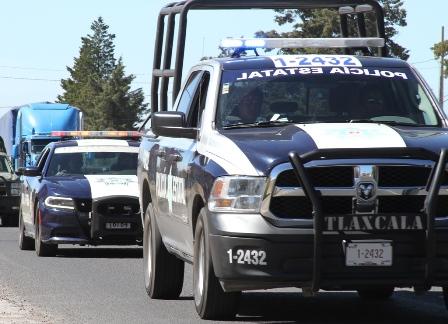 Logran rescatar la policía a cuatro personas retenidas en Acuamanala