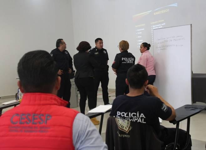 Fortalece Cesesp perfil profesional de personal del centro de atención de emergencia