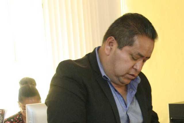 En Amaxac se gastan los recursos en obras fantasma, Carin es abusivo