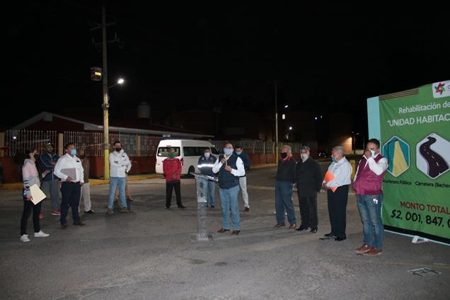 Héctor Domínguez mejora imagen y servicios de Unidad Santa Cruz