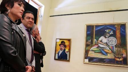 """Inauguran muestra pictórica """"Personajes de Chiautempan""""  en Apizaco"""