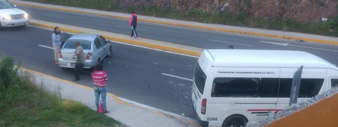 Siniestro en bulevar a Ciudad Judicial deja solo daños materiales
