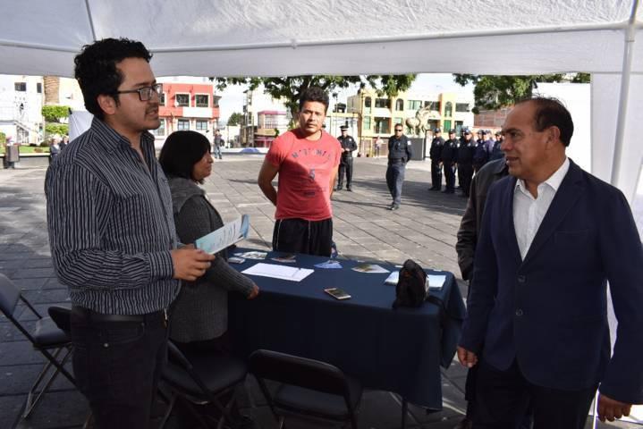 Ayuntamiento apoya a migrantes con unidad móvil jurídica