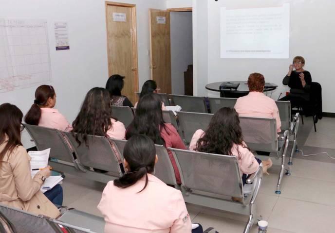 Trabaja Centro de Justicia para las Mujeres con municipios para atender a tlaxcaltecas