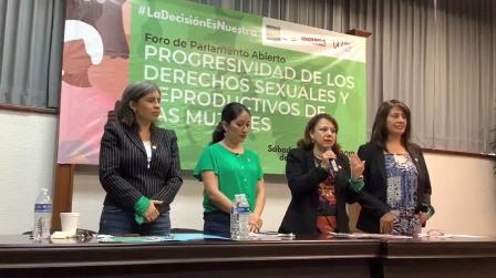 Obligación de Diputados Federales escuchar temas en pro de la mujer: Claudia Pérez