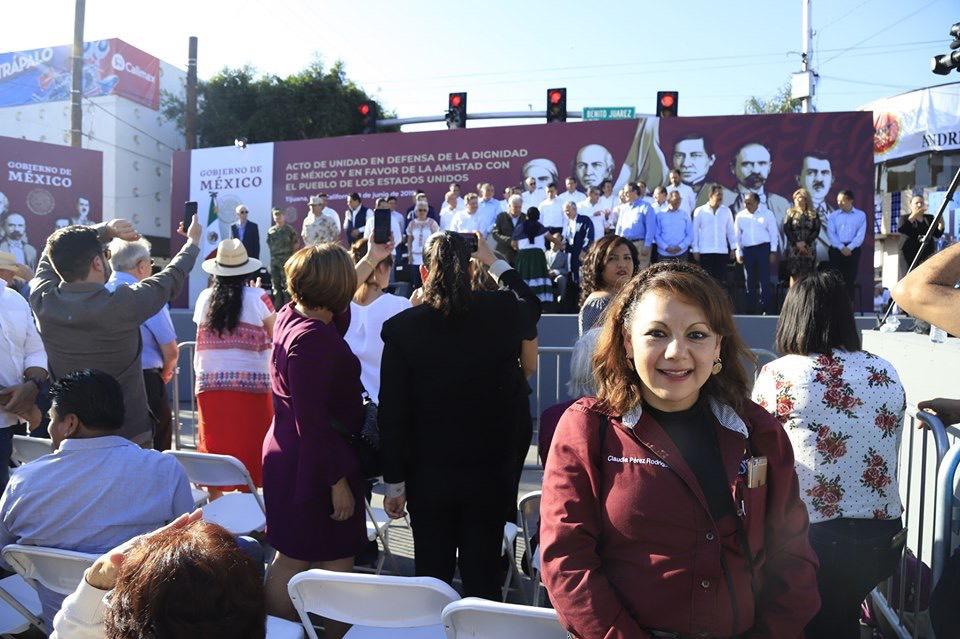 Asiste Claudia Pérez a acto de unidad que presidió el presidente López