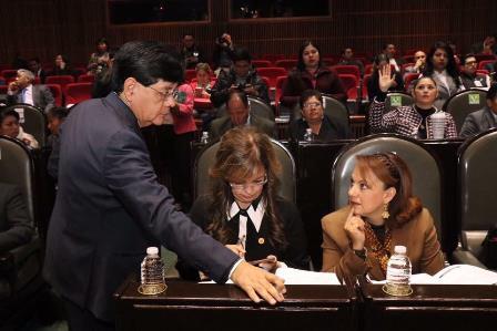 Respalda  Claudia Pérez combate a la corrupción en Pemex