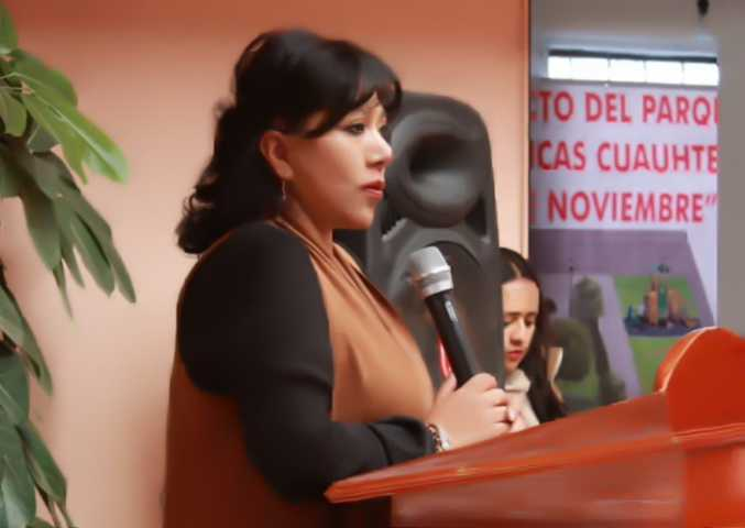 Clausuró Anabell Ávalos curso de informática en Cuauhtelulpan