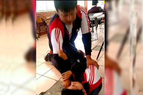 Acusan de negligencia a directivos del COBAT por agresión a estudiante