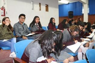 Concretan agenda del programa de Interculturalidad en el Cobat