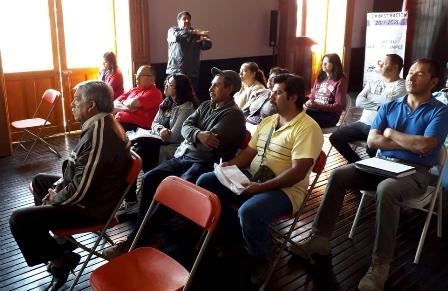 Capacitan a productores de agua purificada de Calpulalpan