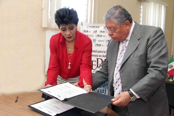 Signan Coespo y Ceam convenio para atención médica en adolescentes