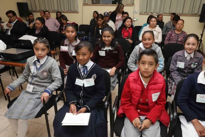 Conocen menores del Parlamento Infantil sus derechos y obligaciones