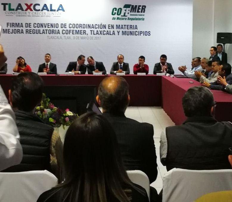 Alcalde de Lardizábal se suma a acciones de mejora regulatoria