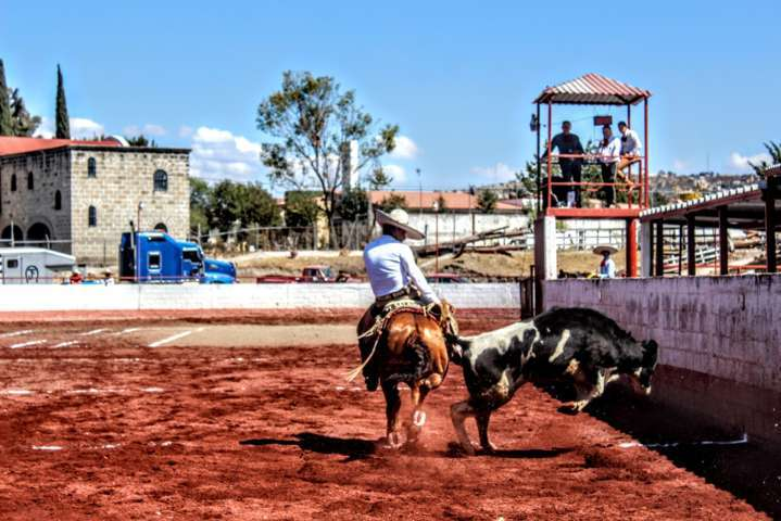 Torneo charro San isidro, recibió charros tlaxcaltecas