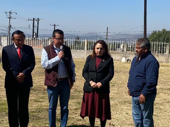 """Colocan primera piedra del Parque """"2 de noviembre"""" en Cuauhtelulpan"""