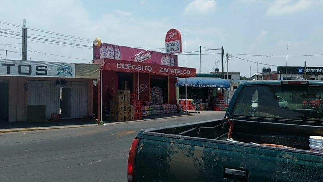Con armas largas asaltan negocio en Zacatelco