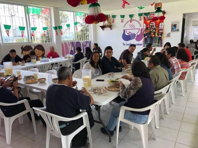 Celebran primer aniversario del comedor comunitario de Acuitlapilco