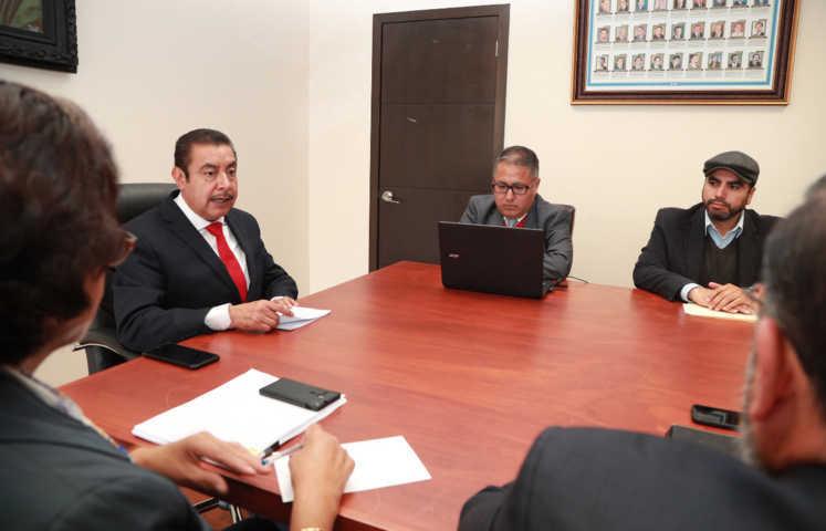 Instala secretario de educación comité de transparencia