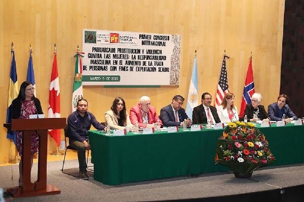 Participó UATx en primer congreso internacional patriarcado, prostitución y violencia contra las mujeres