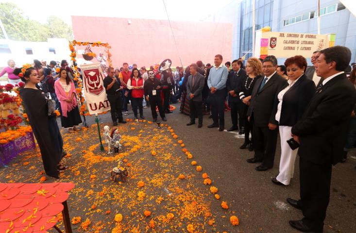 Conserva UAT tradiciones del Día de Muertos
