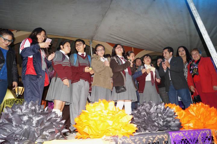 Fomentamos las tradiciones entre los niños y jóvenes: Alcalde