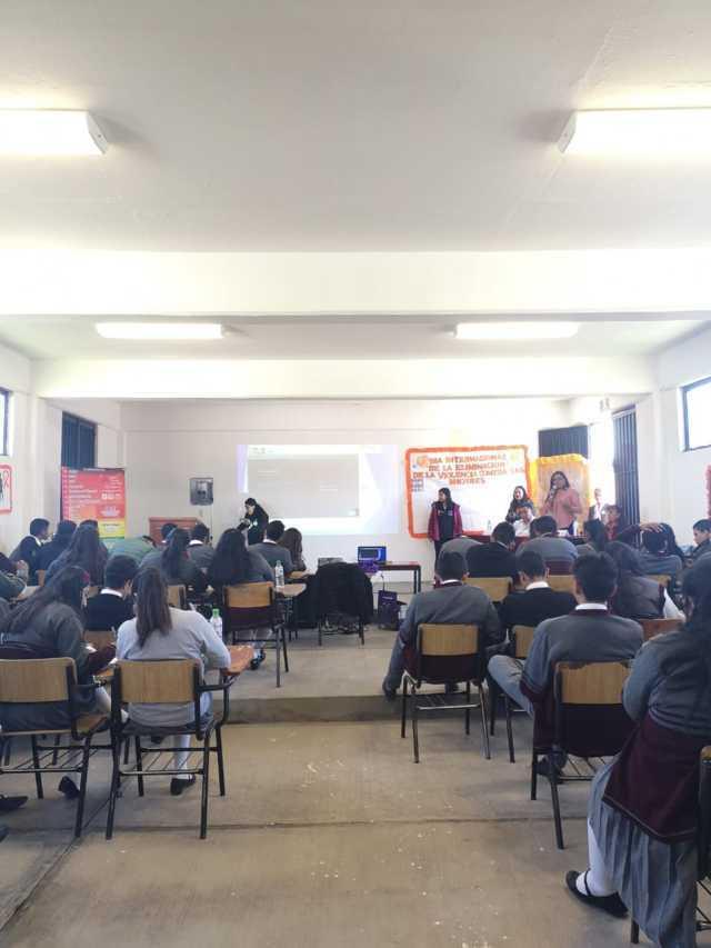 SMDIF de Santa Cruz Tlaxcala realizó conferencia para evitar violencia en mujeres
