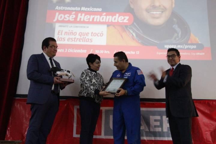 Huamantla sede de conferencia magistral por el Astronauta José Hernández