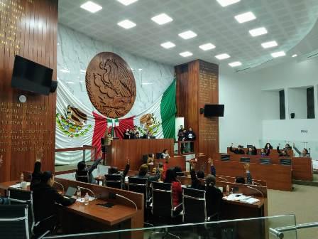 Diputados aprueban presupuesto y recortan dinero al Ejecutivo