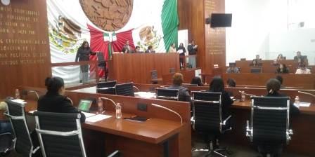 Despreocupa a diputados impugnación del SNTE al presupuesto