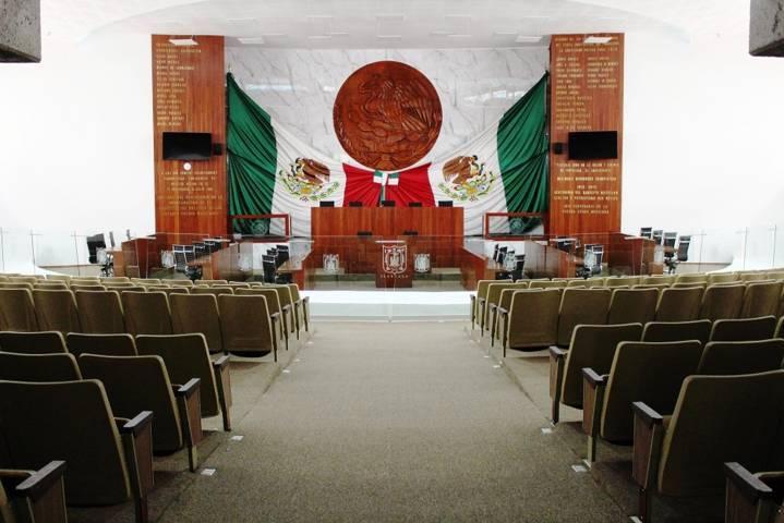 Reagendan celebración del Centenario de la Constitución Política de Tlaxcala
