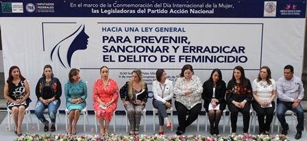 Realizan foro para sancionar y erradicar el delito de feminicidio