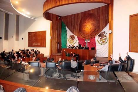 Sin cuestionamientos pasa cuenta pública de Mariano González
