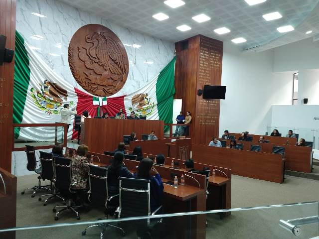 Eligen a Mayra Vázquez como presidenta de la Mesa Directiva