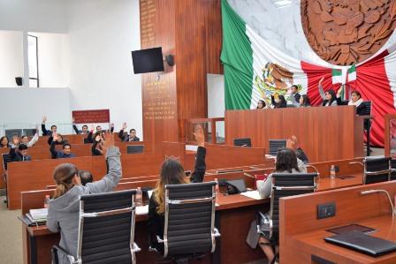 Diputados consienten a magistrado ordenan un año el haber de retiro