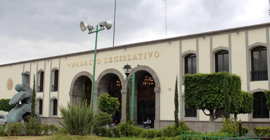 Invita J. Carmen Corona a conferencias el 8 de agosto en el Congreso Del Estado