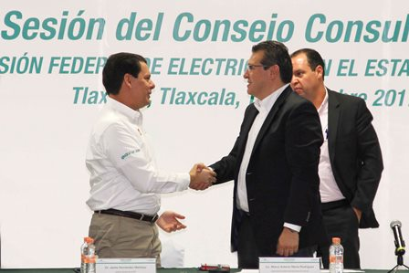 Reconoce Marco Mena apoyo de CFE al desarrollo de Tlaxcala