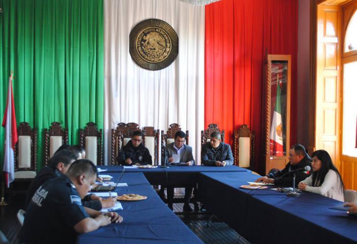 Evalúan desempeño de Seguridad Pública Municipal de Calpulalpan