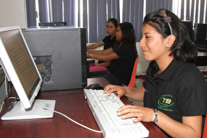 Abierta plataforma electrónica para fichas de educación media superior